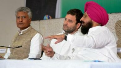 Photo of Congress MP Bajwa favours change of guard in his party