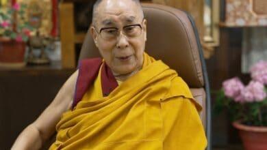 Photo of Dalai Lama mourns fellow Nobel laureate John Hume's demise