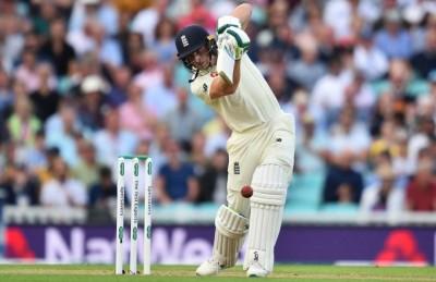 Eng v Pak 3rd Test: Crawley nears maiden ton as England reach 184/4 (Tea)