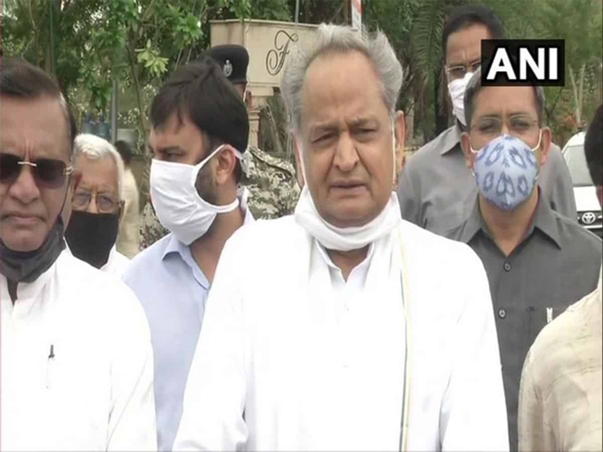 Need to forgive, forget misunderstandings occured in last one month: Ashok Gehlot