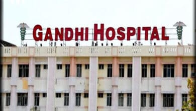 Photo of Hyderabad: 4 COVID affected prisoners escape from Gandhi hospital