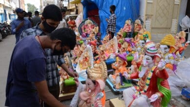Photo of Buyers opt for eco-friendly and small Ganesh idols in Hyderabad