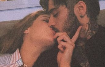 Photo of Gigi Hadid goes lip-deep with Zayn Malik in new pic