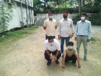 Govt employee among 2 held for gun running in Delhi