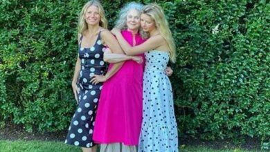 Photo of Gwyneth Paltrow looks radiant with mother, daughter