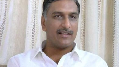 Photo of Avoid being harsh with Corona patients: Harish Rao