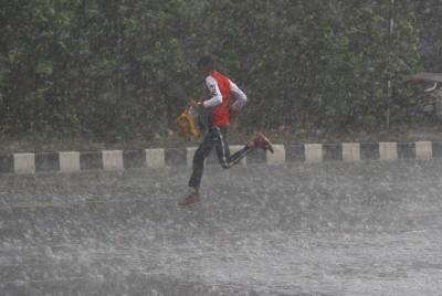 Heavy rains lead to waterlogging in many areas in Gurugram