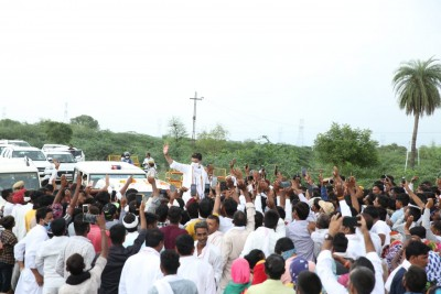 Humbled by rousing welcome when not even part of govt: Pilot