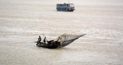 Indian Coast Guard rescues 14 fishermen off Tamil Nadu coast