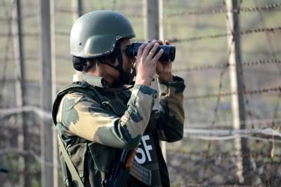 J&K: Pakistan violates ceasefire on LoC
