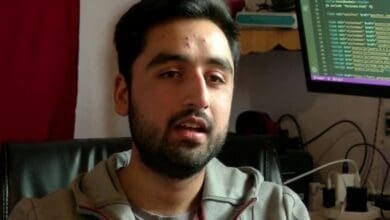 Photo of Kashmiri student develops COVID -19 tracker