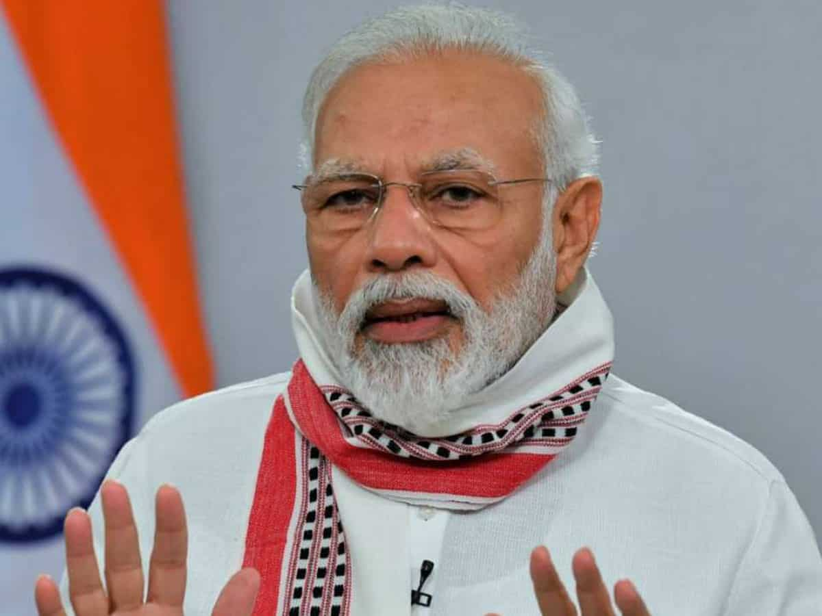 Important to learn about heroes of our freedom struggle: Modi