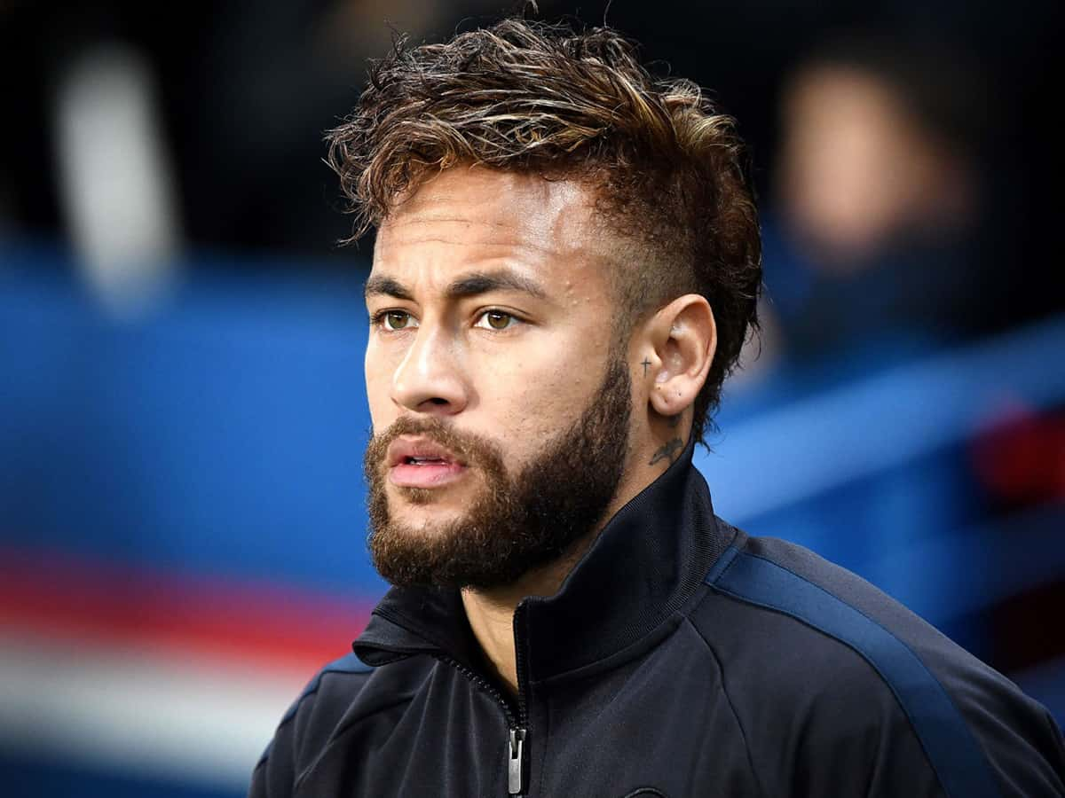 Neymar in danger of missing UCL final after swapping shirts with opponent
