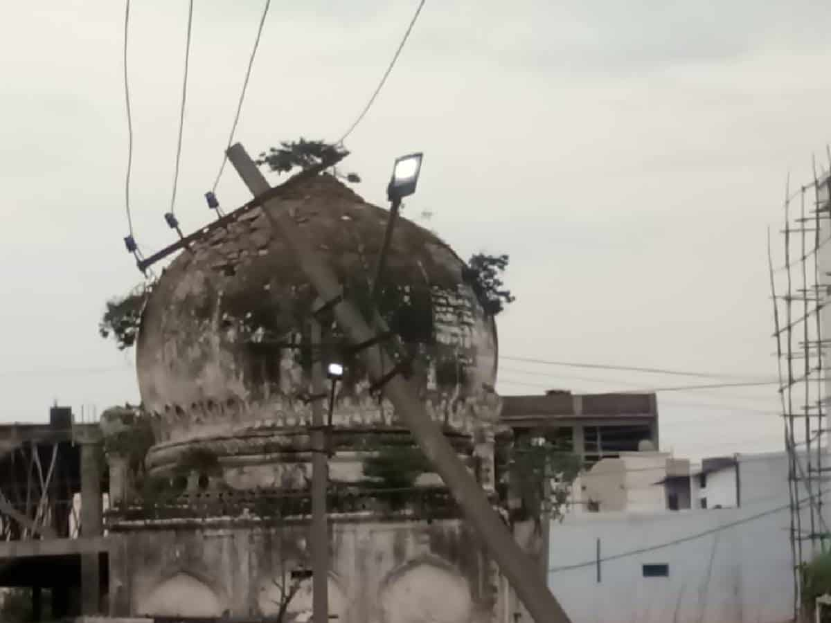 Low dangling power cables in graveyard continue to pose danger