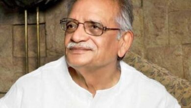 Photo of 'Gulzar is a walking encyclopedia and has an infectious smile'