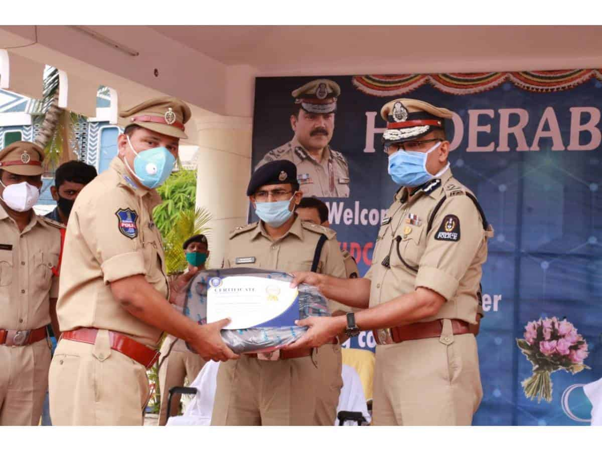 DS.Chauhan, IPS, Addl. CP, L&O & I/C CAR Hqtrs, Tarun Joshi, IPS, Jt.CP. Special Branch and Gajarao Bhupal, IPS, DCP South Zone, and other officers have attended the programme