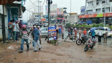 Photo of Daily wage labourers suffer as construction works are less amid corona