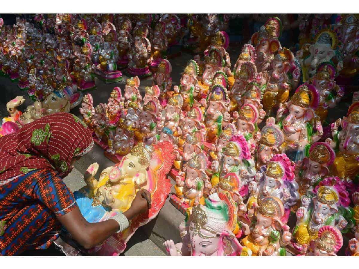 COVID effect: Sharp drop in sale of Ganesh idols in Hyderabad