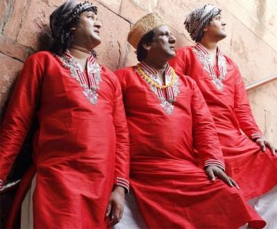 Of a deserted dargah, and rockstar qawwals