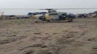 Photo of Army's helicopter makes prudent landing at Bharatpur-Mathura border