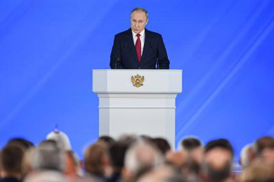 Putin discusses Russians' detention in Belarus with Security Council