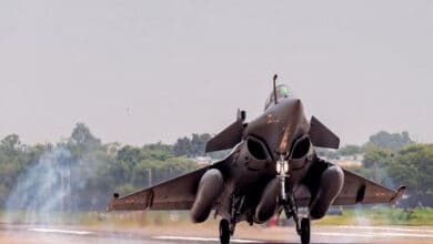 Photo of Rajnath to induct Rafales, French Defence Minister also invited