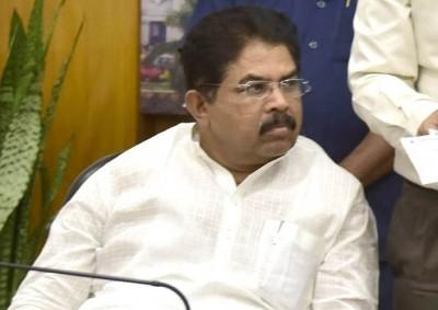 Rain-hit K'taka seeks Rs 4k cr relief aid from PM