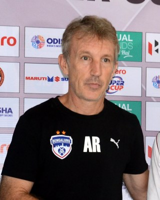Roca quits Hyderabad FC, joins Barcelona as fitness coach