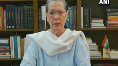 Take a decision concerning students' future with their concurrence, Sonia tells govt