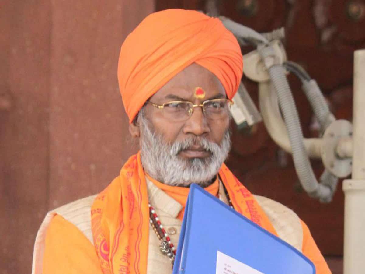 BJP MP Sakshi Maharaj gets death threat from Pak number