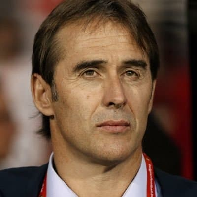 Sevilla can beat 'biggest team in the world' Man Utd, says Lopetegui