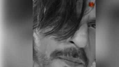 Photo of Ganesh Visarjan: Shah Rukh Khan bids adieu to Bappa