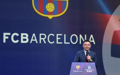 Signing Neymar unfeasible in these trying times, says Barca chief