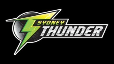 Photo of Sydney Thunder rope in Lauren Smith on two-year deal