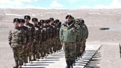 Indian troops with shoulder-fired air defence missiles deployed on heights near China border