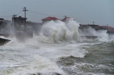 Typhoon Mekkhala makes landfall in China