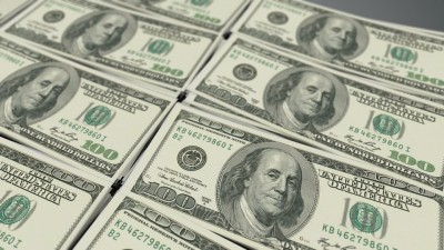 US dollar edges lower after disappointing jobless claims data