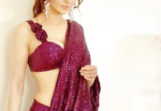 Photo of Urvashi Rautela sizzles in sari