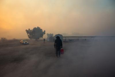 Wildfire in Colorado threatens popular tourist spot