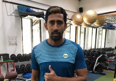 Wriddhiman Saha in need of 'A negative blood'
