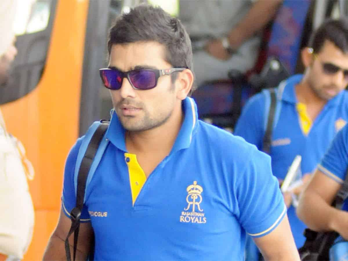 Rajasthan Royals' fielding coach Dishant Yagnik tests positive for COVID-19