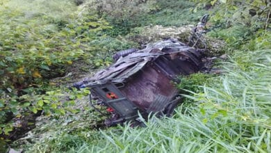 Photo of Army personnel injured after truck rolls down cliff in HP's district