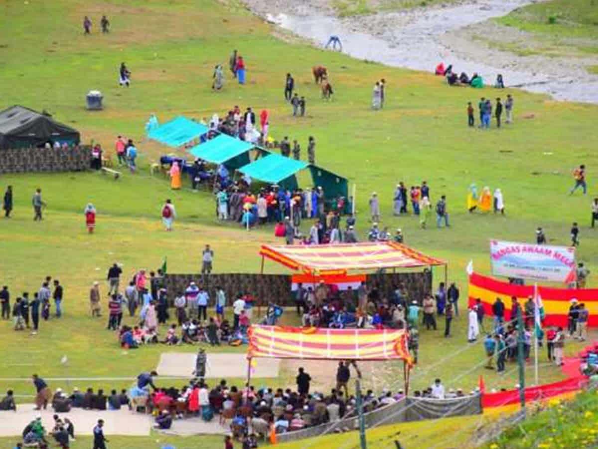 Kashmiris celebrate one year of abrogation of Art. 370 (Ld)
