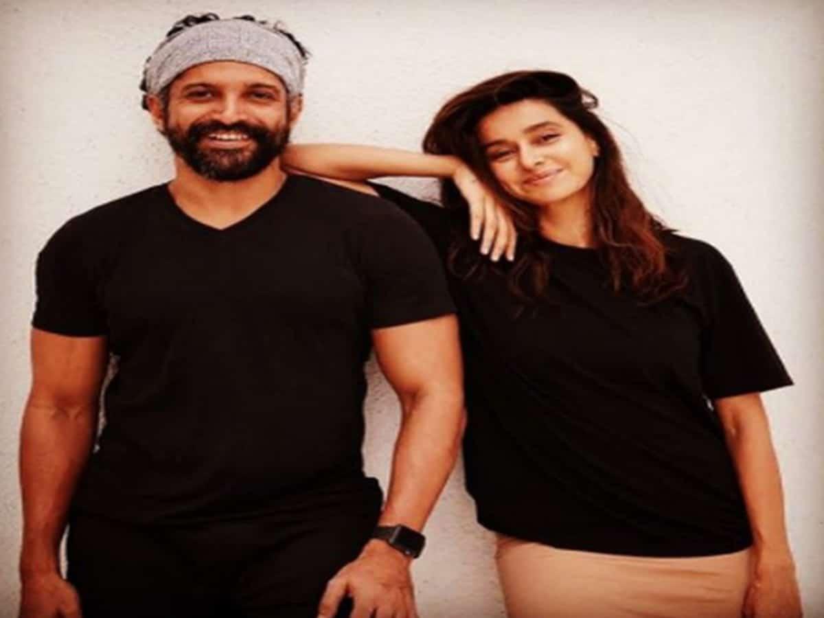 'You'll always have my shoulder to lean on': Farhan Akhtar wishes girlfriend Shibani Dandekar on her birthday