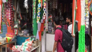 Photo of Tricolour sales dip ahead of Independence Day due to pandemic