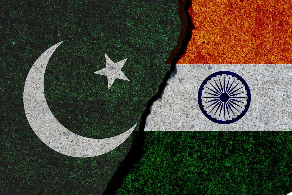 India gives emergency treatment to Pakistan Naval Captain; sends him back