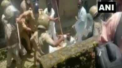 Kerala police cane charge protesting Youth Cong workers