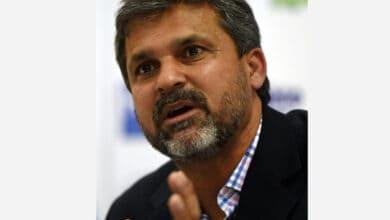 Photo of Moin Khan hopes Pak play real, aggressive cricket against Eng