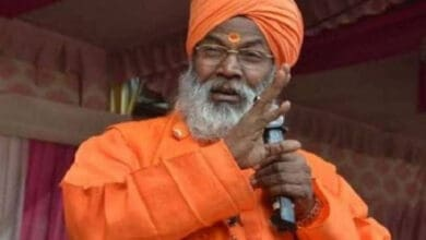 Sakshi Maharaj receives threat calls