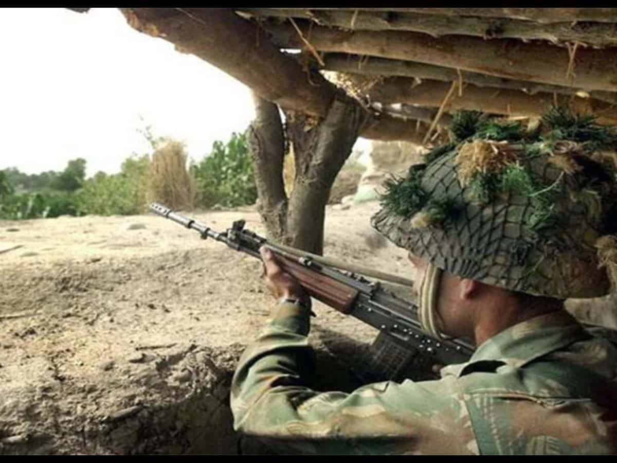 Pak again violates ceasefire on Friday